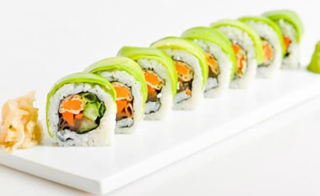 יוקו סושי - מגש סושי ב-T.A