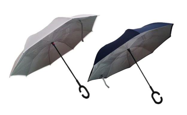 זוג מטריות מתהפכות