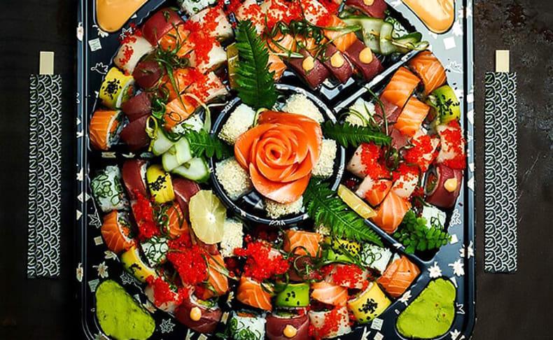 מגש סושי כשר ממסעדת NUCHI