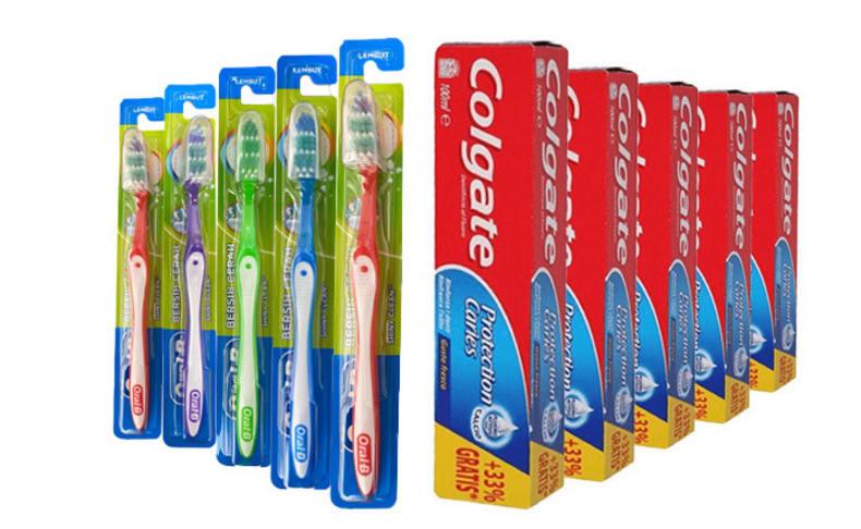 10 יח' משחת שיניים ו-10 מברשות